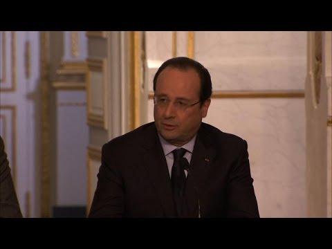 Ukraine: Hollande et Merkel, unis dans la condamnation