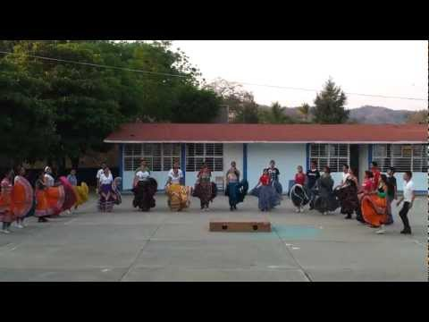 Baile de Apatzingan (Juan Colorado)