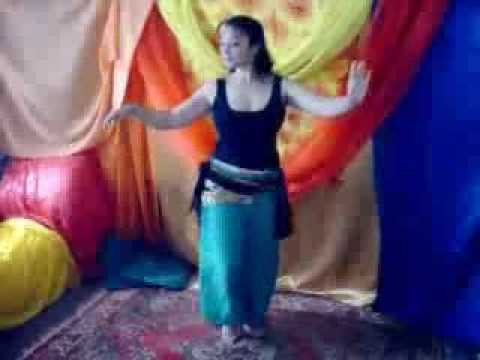 Learn Belly Dance Sampler: Hip lifts, downs, lesson 4/10