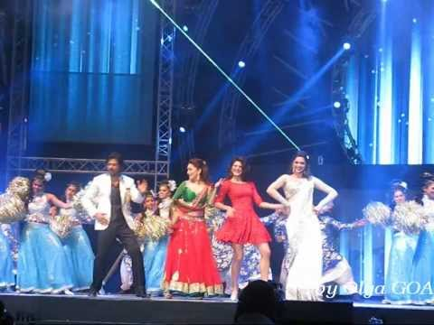 SRK Live Concert in Dubai with Sunidhi Chauhan - 1 december 2013 (part 5)