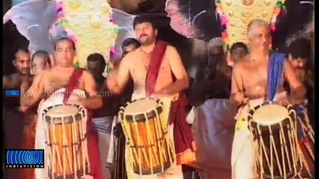 Panchari Melam Matannur Sankarankutty Marar, Peruvanam Kuttan Marar and Jayaram