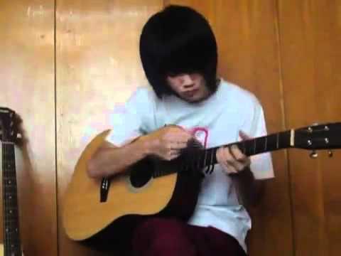 Chơi Guitar cực đỉnh.