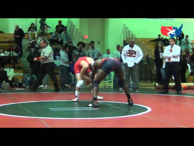 RAHWAY: Auriema (COL) pin Burns (LIN), 182 finals