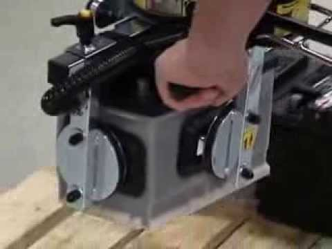 Lifting batteries with VacuEasylift