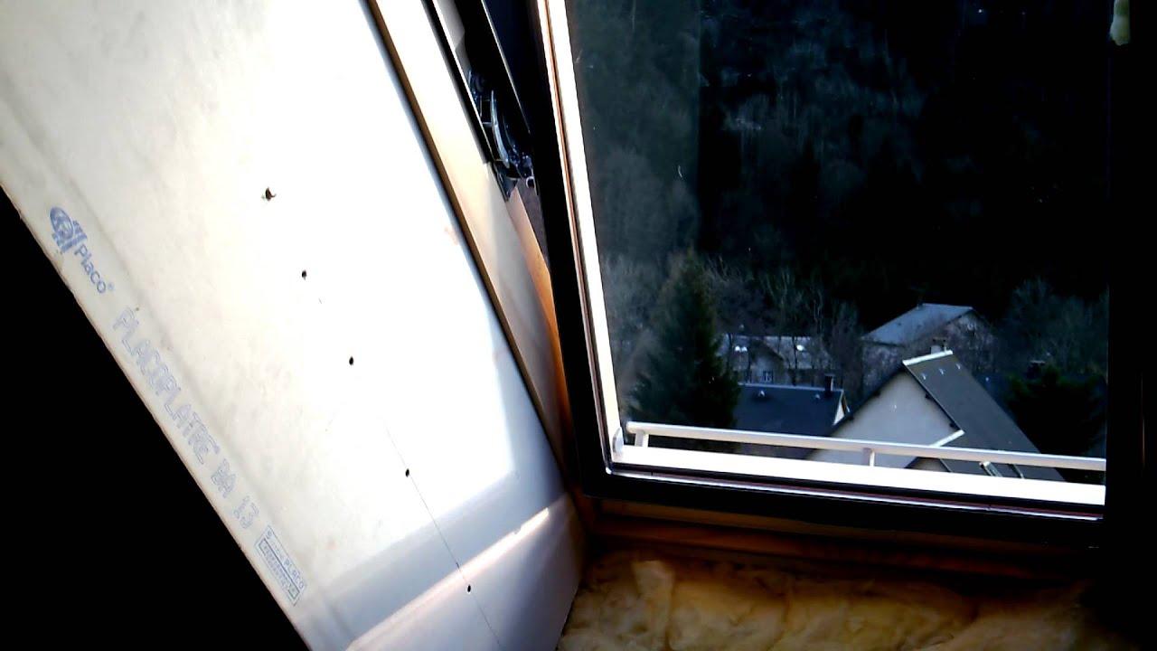 habillage et pose du placopl tre autour d 39 un velux youtube. Black Bedroom Furniture Sets. Home Design Ideas