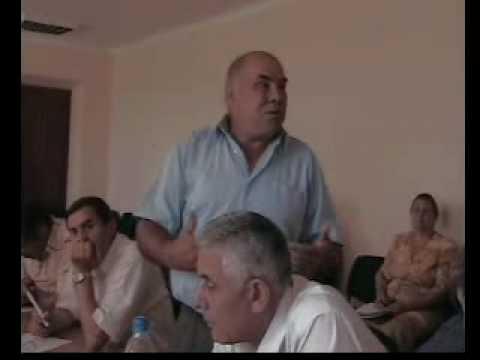 Vicecomisarul trage cu obrazul pentru poliţişti