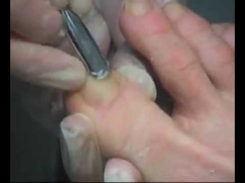 классический обрезной маникюр видео уроки