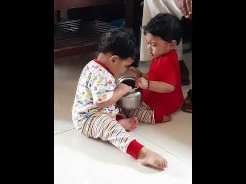 My Twin girls funny fighting..☺😍