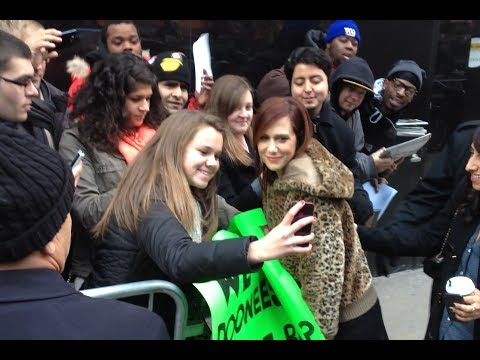 Anchorman 2 actress Kristen Wigg sharing love with fans at GMA in New York