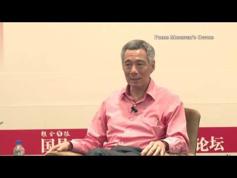 Zaobao Forum 2013 - PM on the role of the media in Singapore (captioned in English)