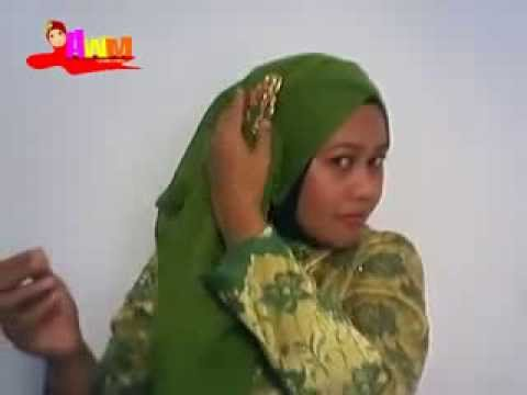 artis Cara Memakai Jilbab Paris Segi Empat Modern Untuk Pesta dan Wisuda jilbab