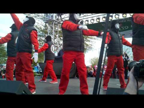 Jabbawockeez at The Las Vegas Great Santa Run 2011