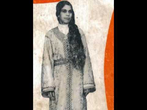 Fatna Bent Lhoucine et Oulad Ben Aguida - Goulliha Sobri