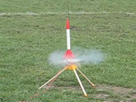Launching an Estes Rocket (Moon Mutt)