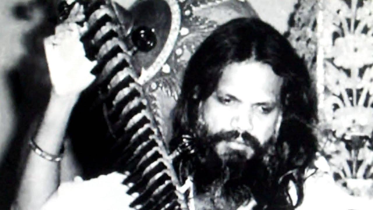 GREAT BEENKARS-Ustad Shamsuddin Faridi Desai on rudra veena-raag komal rishabh asavari