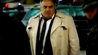 """Jeep Wrangler/Cherokee """"Fugitive"""" TV ad (2005)"""