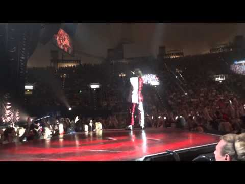 P!NK - RAISE YOUR GLASS - THE TRUTH ABOUT LOVE TOUR - MUNICH GERMANY MAY 19