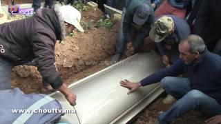 فيديو مؤثر.. لحظة دفن المغربي شهيد مجزرة مسجد كيبيك بكندا |