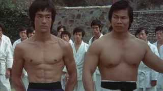 Bruce Lee filmlerinden sahneler