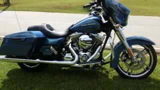 2014 Street Glide Harley-Davidson FLHX Daytona Blue Pearl