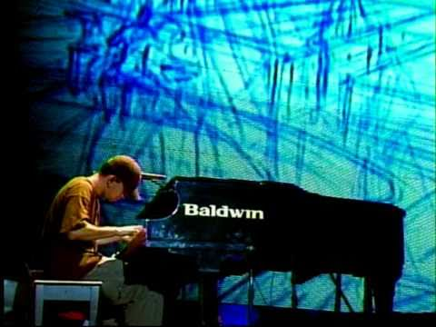 Linkin Park - 11 - Breaking The Habit (Projekt Revolution Camden 2004)