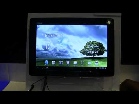 ASUS Transformer Pad 300 Series Hands-On at MWC 2012