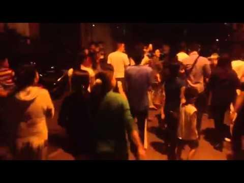 Người dân xôn xao khi thấy Đan Trường viếng thăm Wanbi.