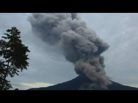 Mount Sinabung: Volcano in Indonesia has third eruption in three months