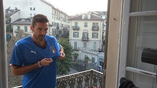 Backstage Buffon - Maglia Azzurra - Torino