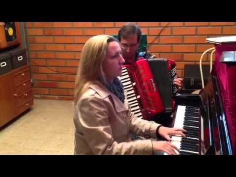 Hino do Jec- Orimar Hess, gaita e Daniele Haak, piano