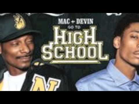 Snoop Dogg & Wiz Khalifa - Smokin' On f. Juicy J (prod. Drumma Boy)