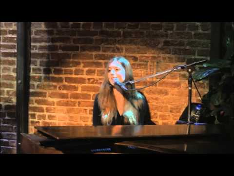 Paulina Cameron: Lost (Live at the WitZend)
