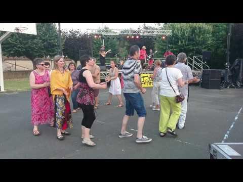 Rigodon dansé à Vielmur/Agout 81 avec Coriandre