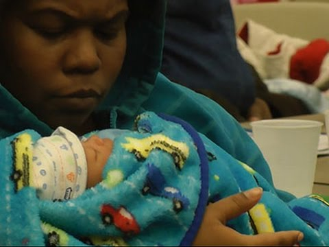 Group Encourages Black Moms to Breastfeed