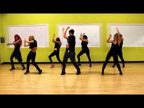 Bailarinas de W&Y 2012 Coreografía por KENDRICK MART