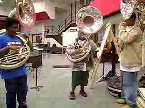 Tuba players at their best ( The ORIGINAL Snake Pit/Sonic Boom video)