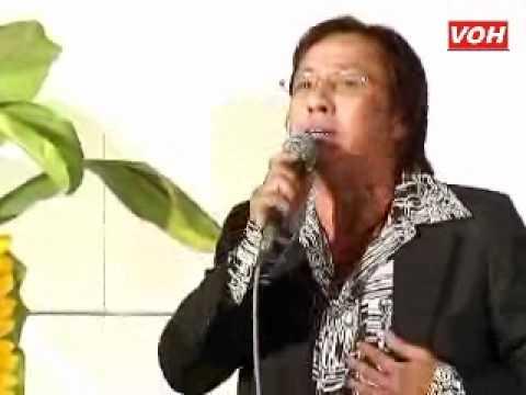 VOH Media   NS Kim Thoa   Tiểu Linh giao lưu với chương trình 26 05 2012
