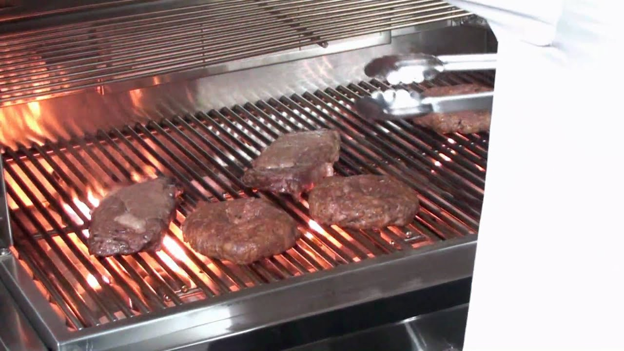 sole gourmet 30 inch gas grill cooking test by bbqguys. Black Bedroom Furniture Sets. Home Design Ideas