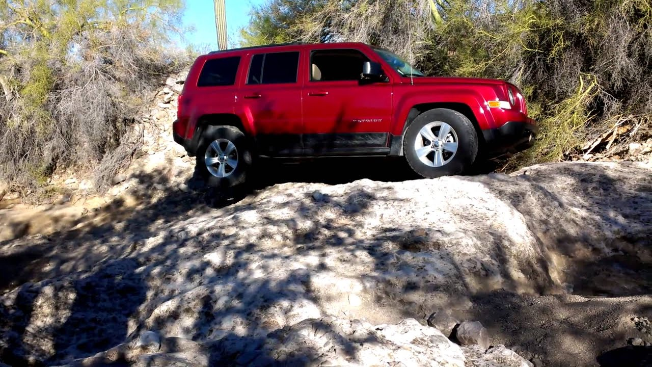 fdii jeep patriot rock crawling off road youtube. Black Bedroom Furniture Sets. Home Design Ideas