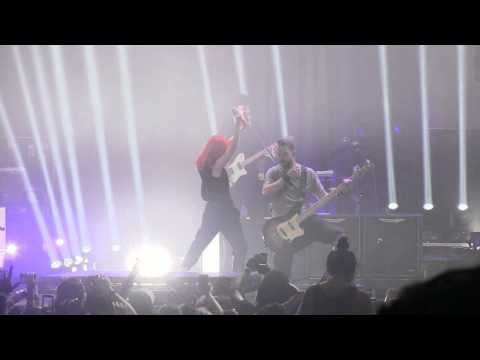"""Paramore in Pomona- """"Whoa"""" *Rare Performance* (720p HD) Live on August 14, 2012"""