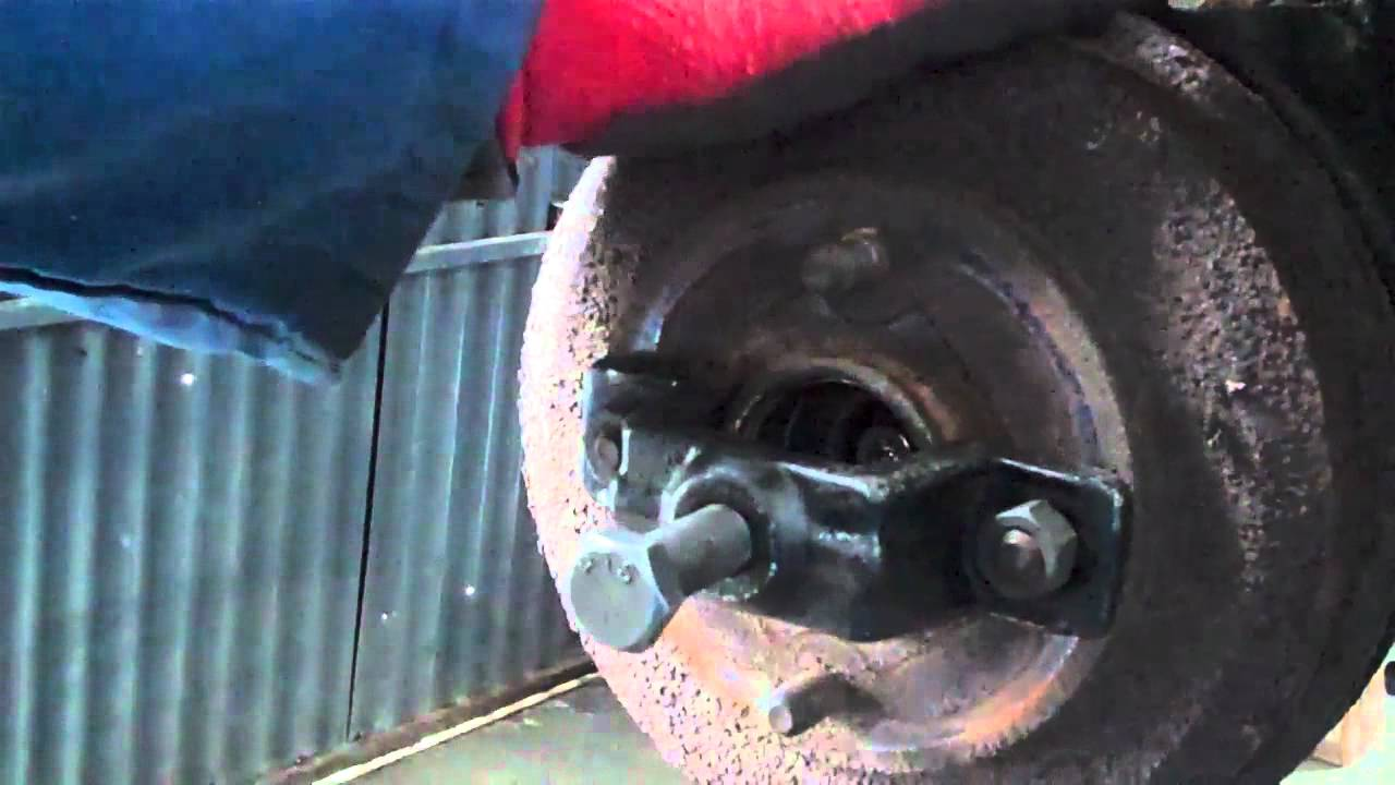 ford 39 focus rear brake drum removal youtube. Black Bedroom Furniture Sets. Home Design Ideas