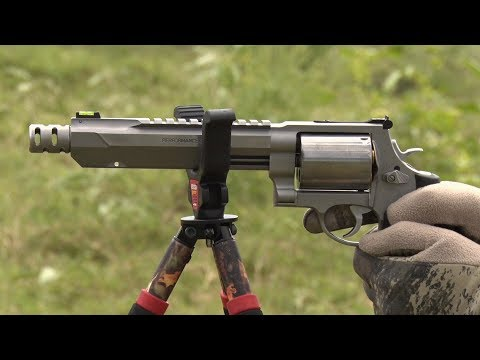 Performance Center 460XVR In Action on a Whitetail Hunt