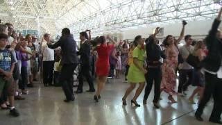 Flash Mob TAP No Aeroporto Do Galeão Rio De Janeiro