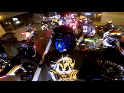 Cảnh sát Mỹ vác trực thăng đuổi nhóm đua xe hay hơn phim hành động
