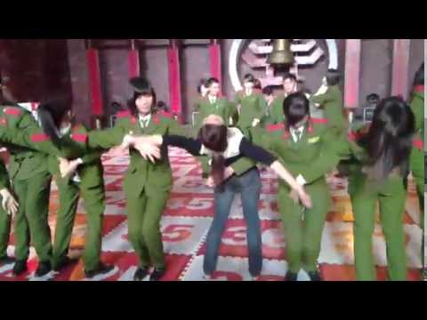 Ngắm nữ sinh học viện cảnh sát nhân dân nhảy aerobic Rung Chuông Vàng