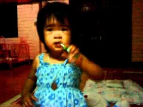 เด็กเต้นเพลงแปรงฟัน