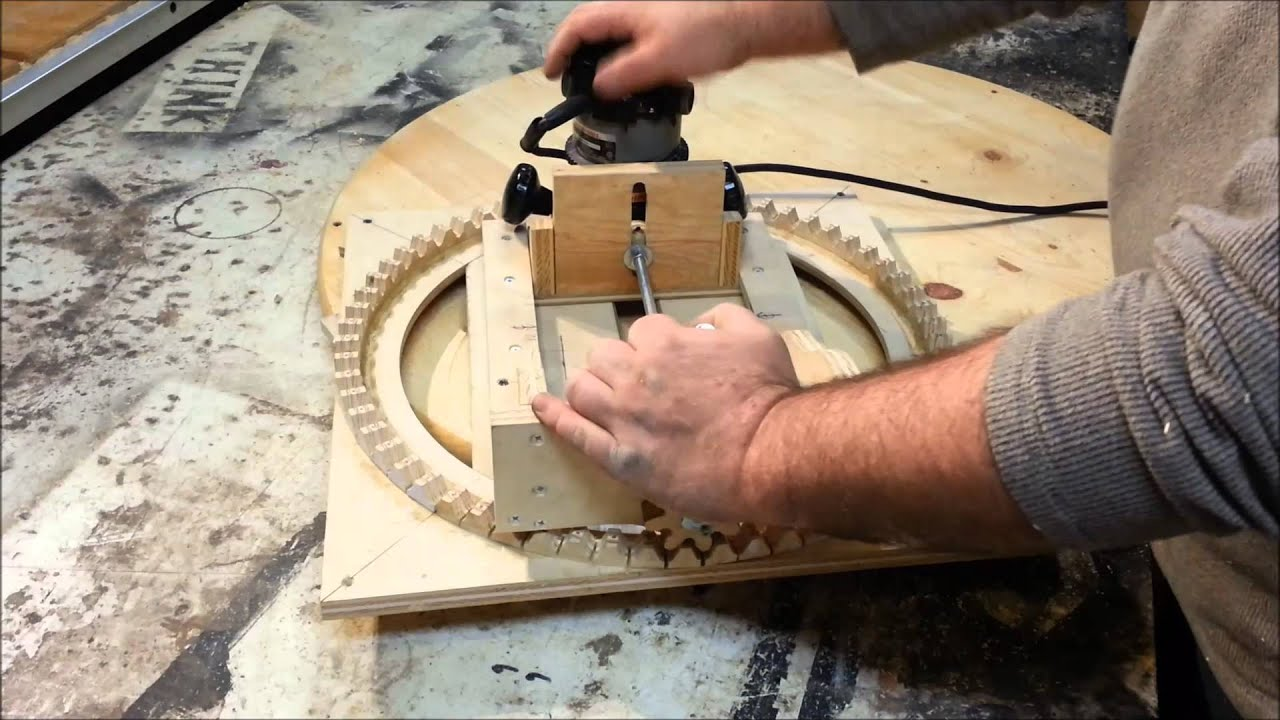 Router Jig - Cutting Spirals with Homemade Tool - YouTube