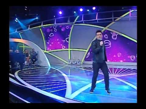 Gabriel Valim canta ´Vou fazer com Você´ e ´Sainha Amarela´