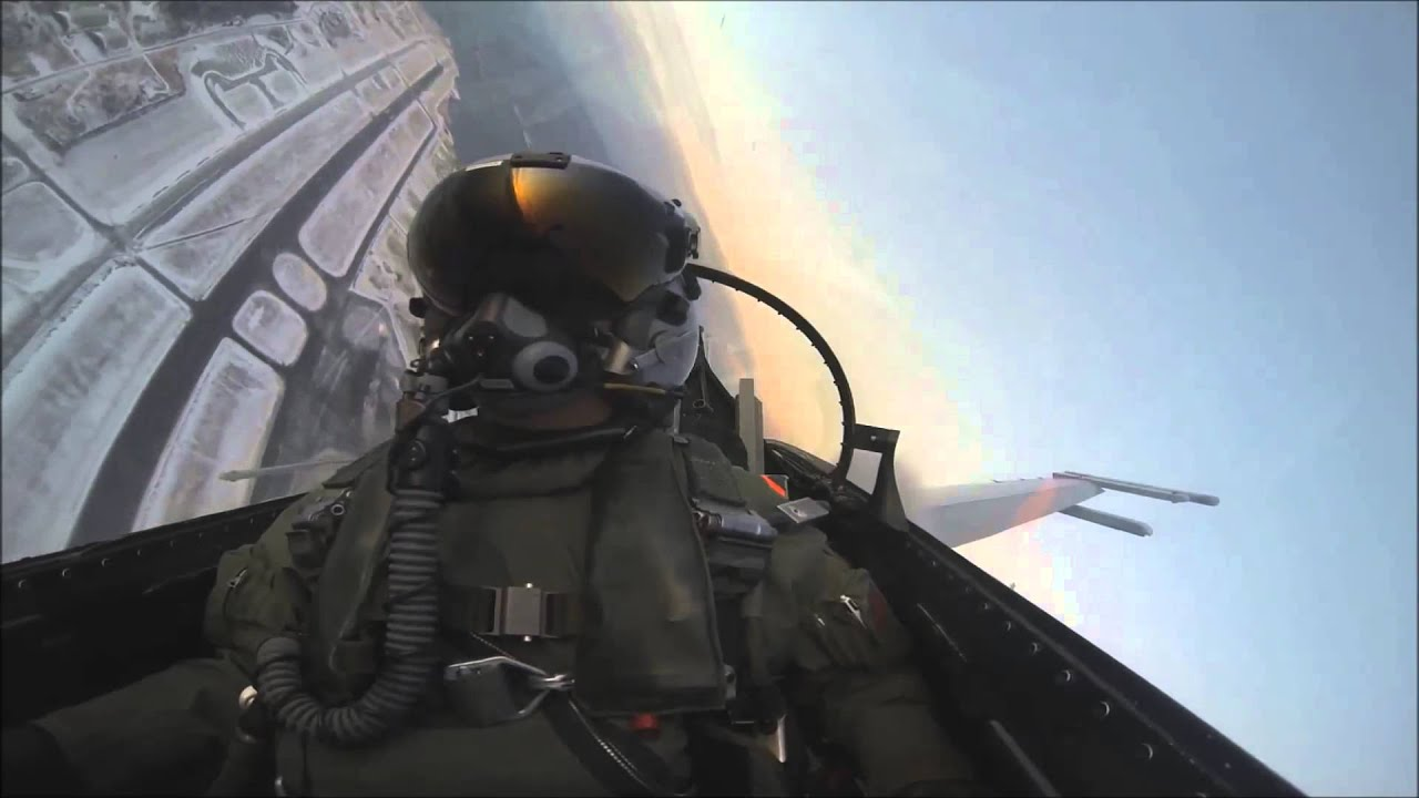 F18 FA18 simulator fighter jet cockpit  all physical