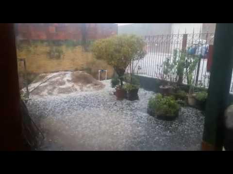 Vídeo Chuva de granizo e enchente: Entra prefeito e sai prefeito e a situação é a mesma em São Carlos